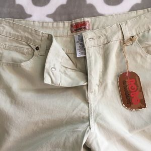 NOBO (No Boundaries) khaki pants